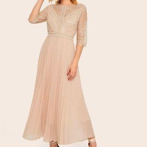 Contrast Lace Pleated Dress